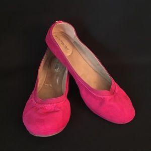 NWOT Bandolino hot pink faux suede ballet flats-10
